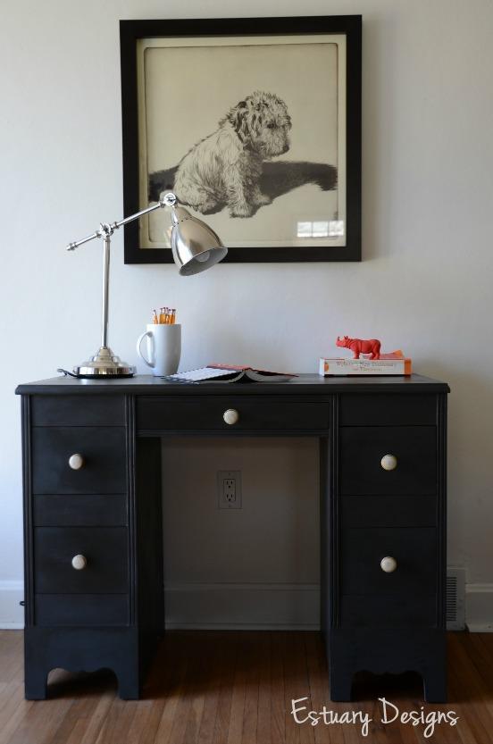 gray black desk-001