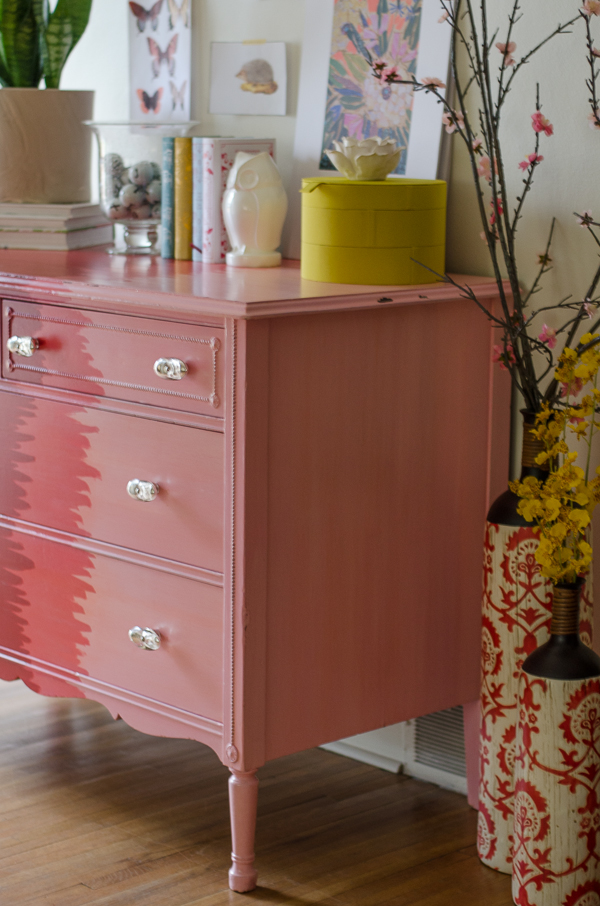 Aiyana ombre changing table pink side